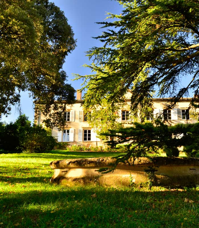 chateau_buffavent_facade_home_7